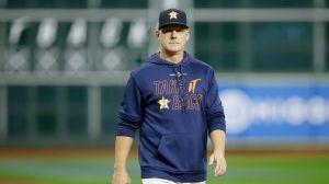 ¡Por tramposos! MLB suspende al gerente y al manager de los Astros; ahora van por Alex Cora