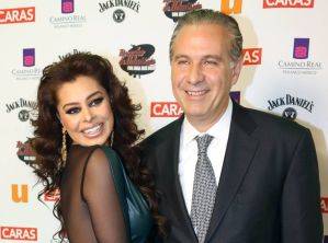 Yadhira Carrillo solicita atención médica urgente para su esposo, Juan Collado
