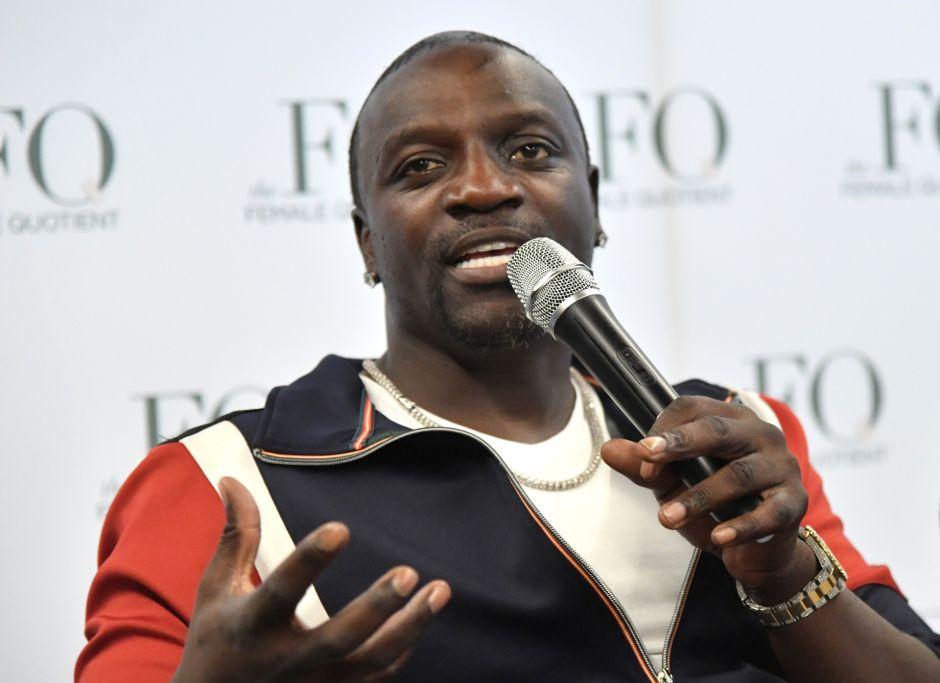 El cantante Akon anuncia el desarrollo de su ciudad futurista y ecoturística en Senegal