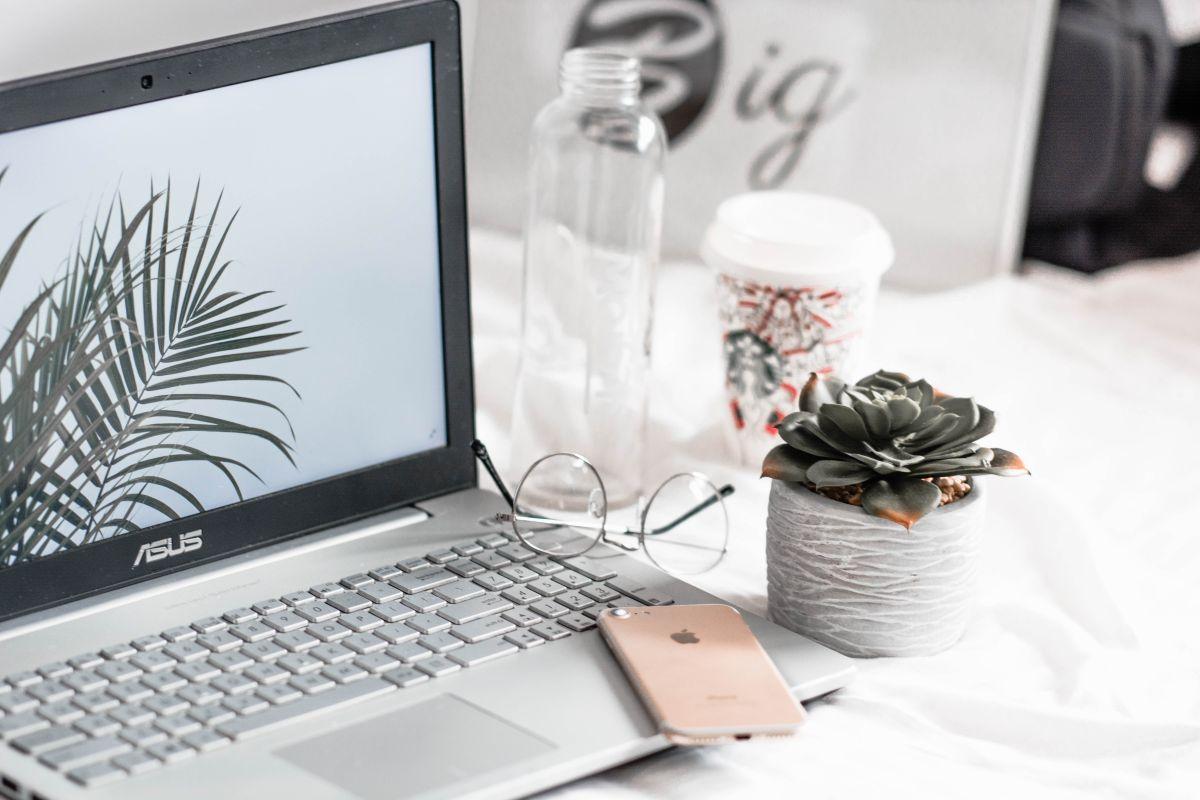 5 modelos de laptops por menos de $500 para empezar el año usando nueva tecnología