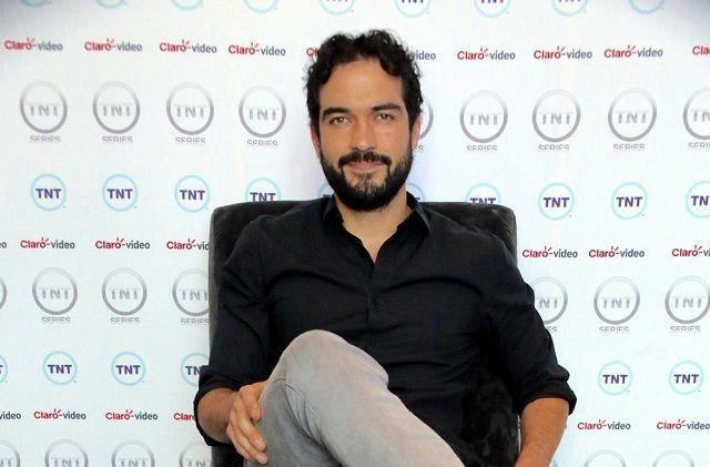 Alfonso Herrera fue amenazado por un conductor de Uber con pistola