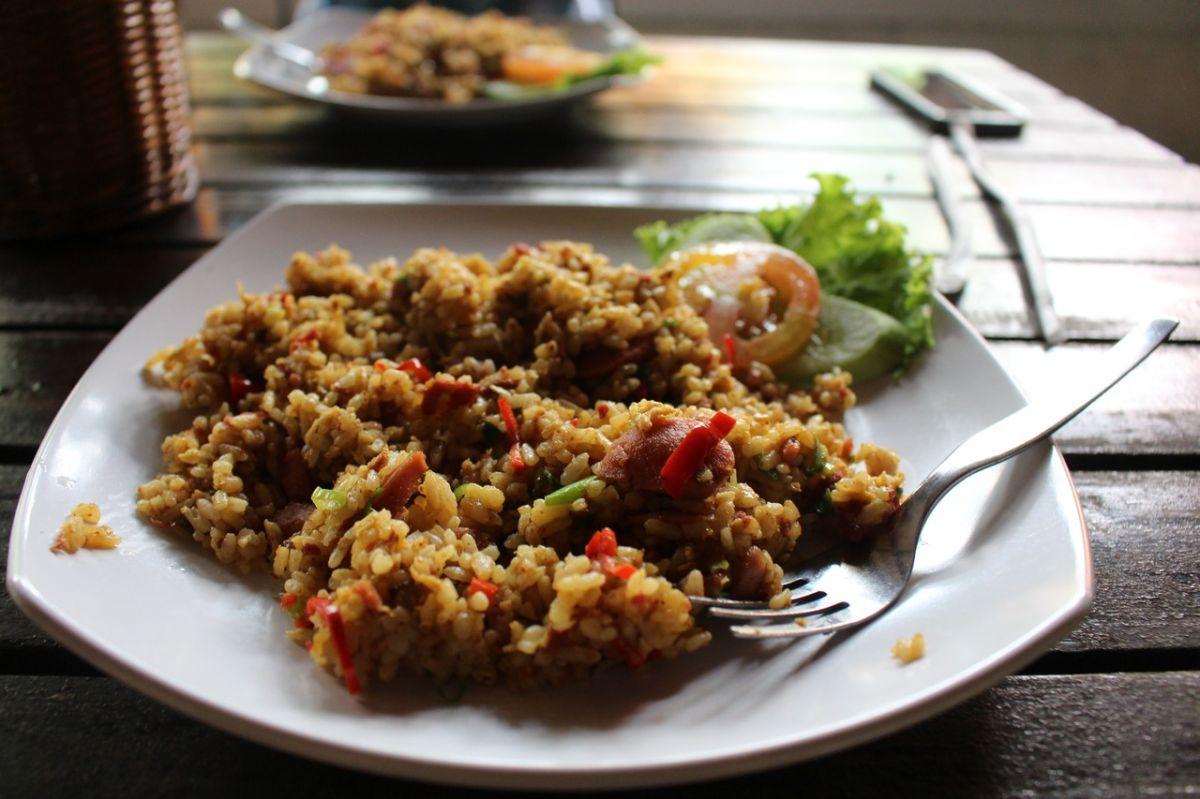 La forma más fácil y saludable de preparar arroz frito con carne de cerdo