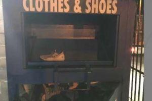Mujer de NJ queda atrapada en contenedor de donaciones por casi tres días