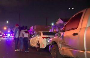 Conductor se duerme y destruye varios vehículos estacionados en Bellflower