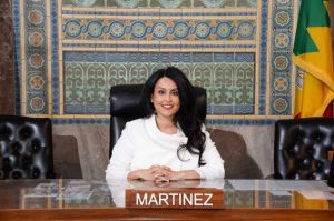 Nury Martínez hace historia en el Concejo de Los Ángeles