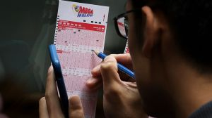 Gana más de $800,000 en la lotería a pesar de no jugar, el boleto fue un regalo