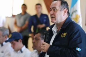 Presidente electo de Guatemala denuncia un plan para asesinarle en la toma de posesión