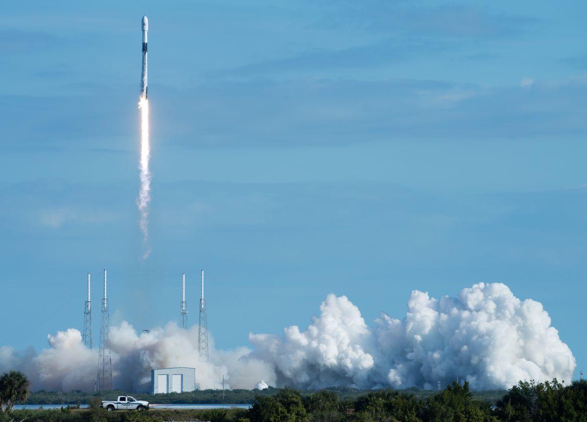Starlink Constellation son satélites que se usan para dar acceso a Internet.
