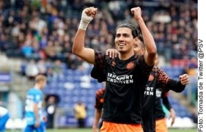 Con minutos de 'Guti', PSV gana y se acerca a puestos de Champions