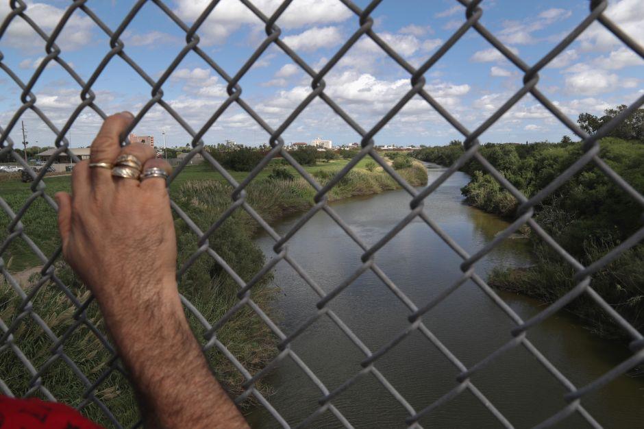 Desesperación lo llevó a lanzarse al río Bravo para cruzar a EE.UU. Ahora hallaron su cadáver