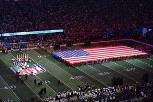 Bloomberg y Trump jugarán su propio Super Bowl con comerciales durante el gran evento