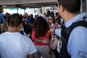 """Exitoso primer año del programa de Trump y AMLO para """"deportar"""" a inmigrantes"""