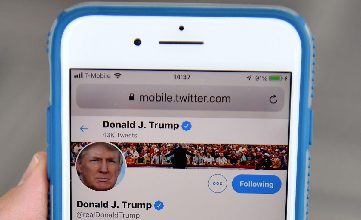 Twitter suspendió la cuenta de Trump después del asalto al Capitolio.