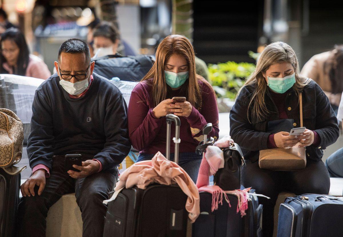 El CDC mantiene vigilancia en al menos 20 aeropuertos.