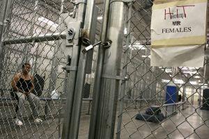 Testimonios en juicio exhiben el encierro inhumano de inmigrantes detenidos por la Patrulla Fronteriza
