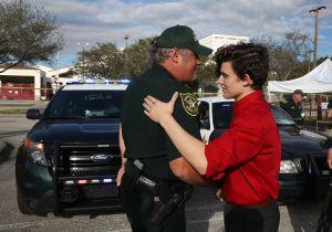 Senadores de Florida acuerdan reforzar la seguridad en las escuelas para evitar más tiroteos