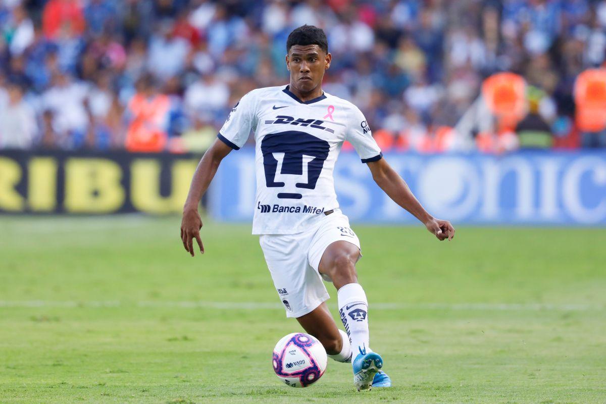 Jeison Angulo es uno de los jugadores que Pumas dio de baja.