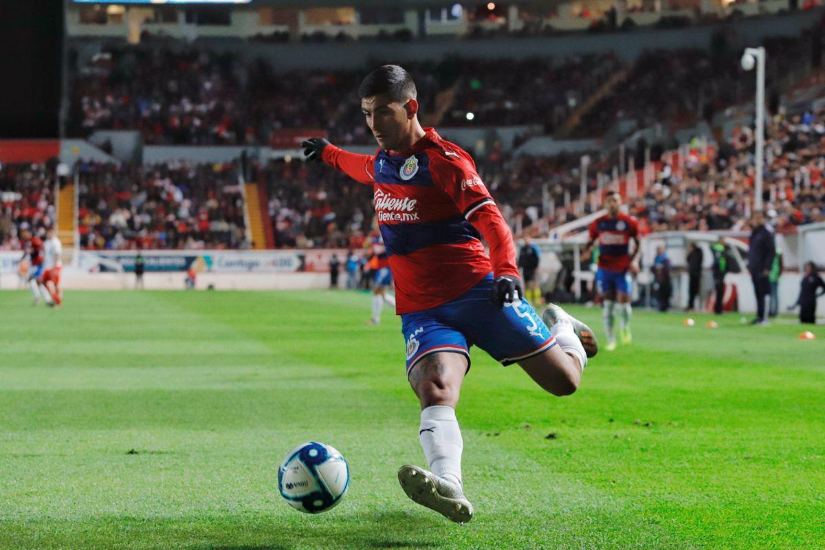 Que ni se emocionen; Chivas bateó a Víctor Guzmán para el Apertura 2020