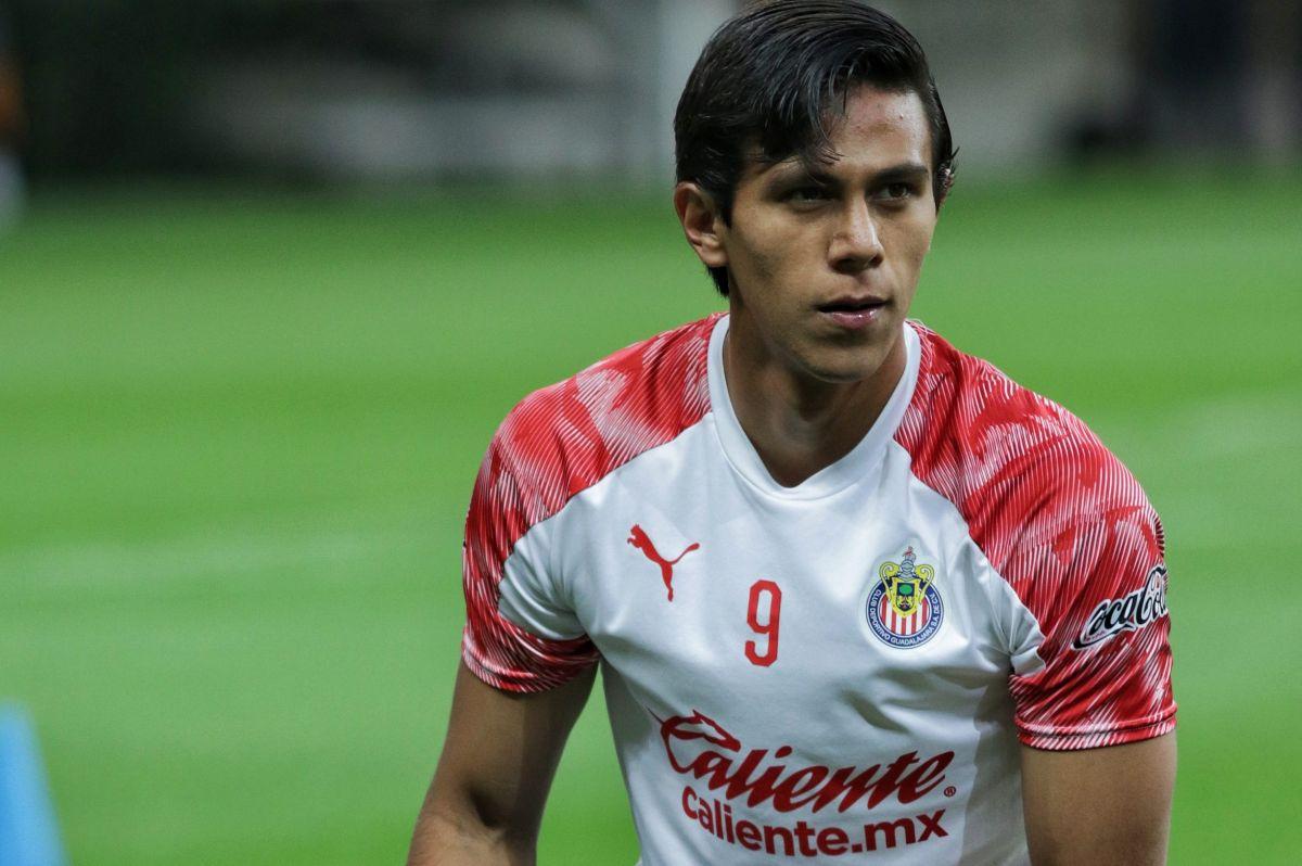JJ Macías bajó su rendimiento y se distrajo por posible partida a Europa, según Víctor Manuel Vucetich