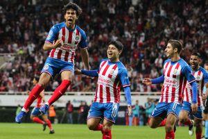 ¡Sol y sombra! Chivas quiere hundir más a Monterrey en la Liga MX