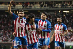 Chivas a la Liguilla: el Rebaño goleó a los Pumas y andan imparables en la recta final de la eliga MX