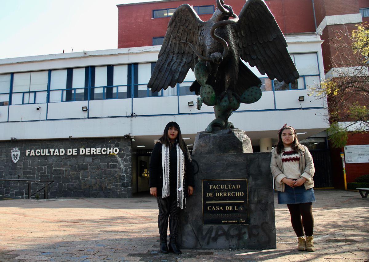 """Mujeres estudiantes de la UNAM se radicalizan al grito de """"alto al acoso y abuso sexual"""""""