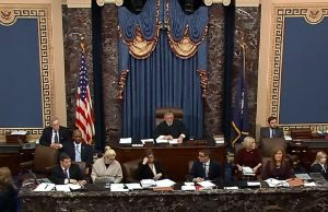 Abogados de Trump en 'impeachment' justifican acciones del presidente para retener recursos a Ucrania
