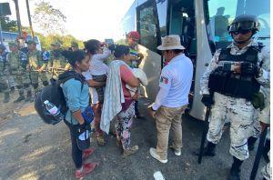 Caravana migrante: México deporta a más de 2,000 indocumentados en 10 días
