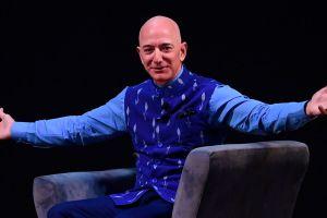 Fundador de Amazon gana $13,200 millones en sólo 15 minutos