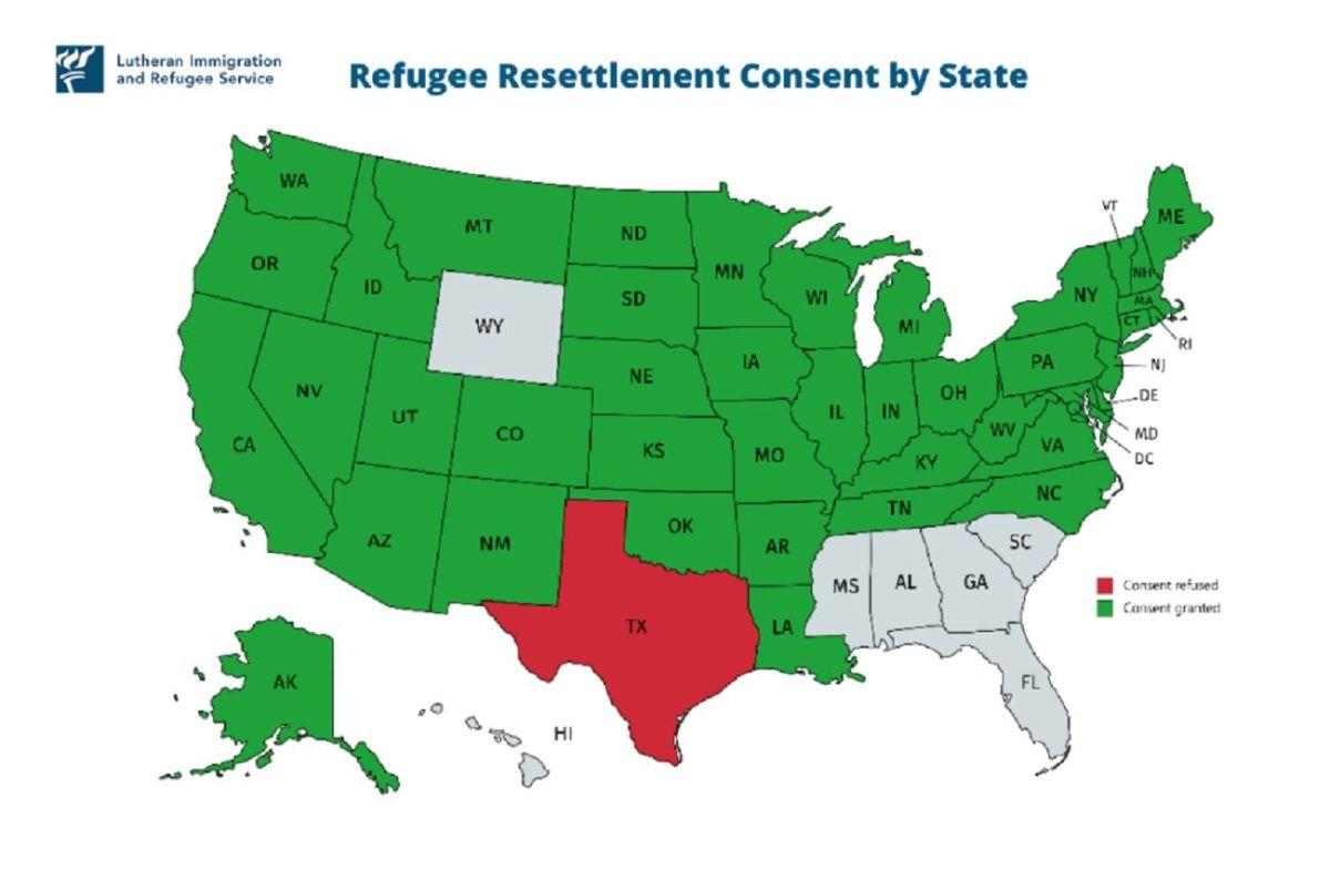 Juez propina revés a orden de Trump contra refugiados
