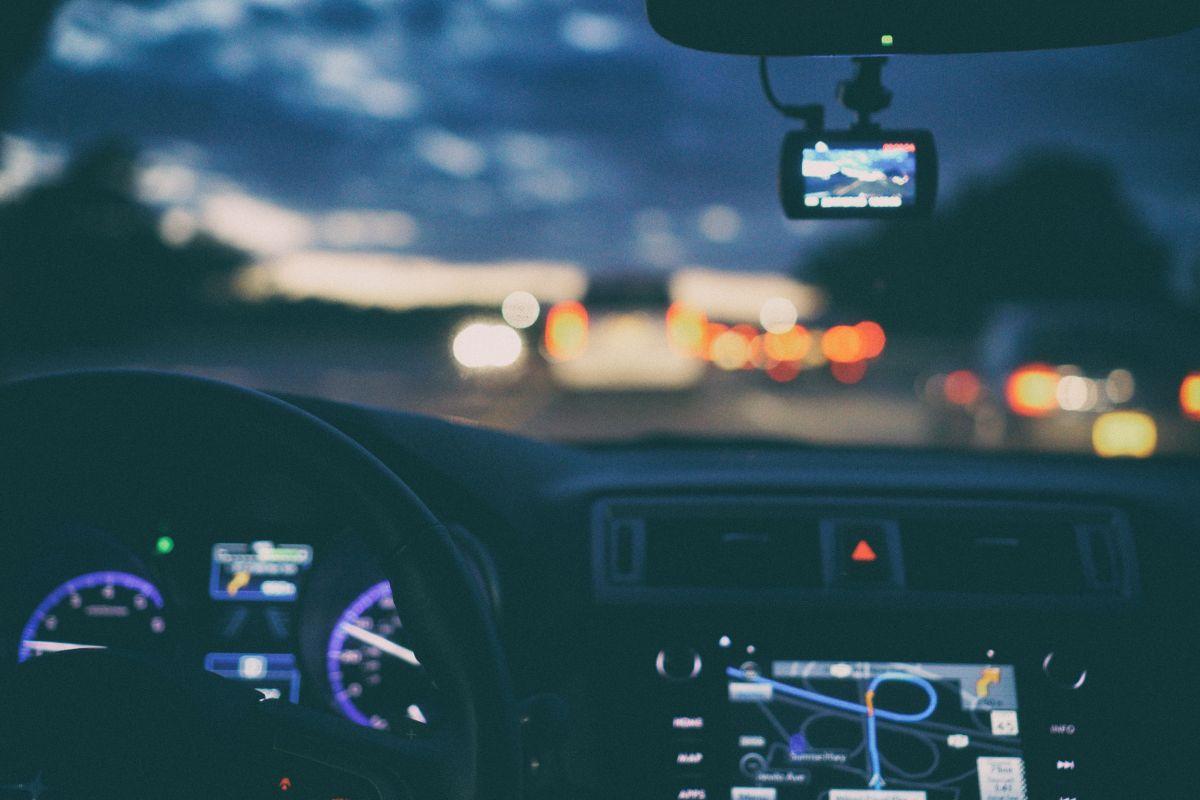 Los mejores sistemas de navegación GPS para autos por menos de $100
