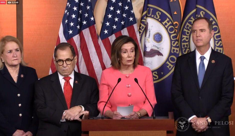"Pelosi nombra a los ""fiscales"" que acusarán a Trump en 'impeachment'"