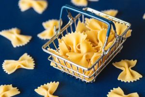 10 alimentos que puedes consumir después de su fecha de caducidad