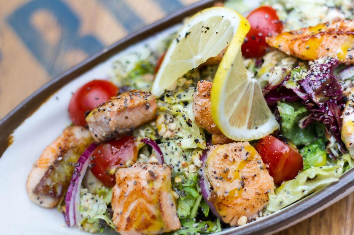 Pescado con espinacas: Omega-3, proteínas y hierro en un delicioso platillo