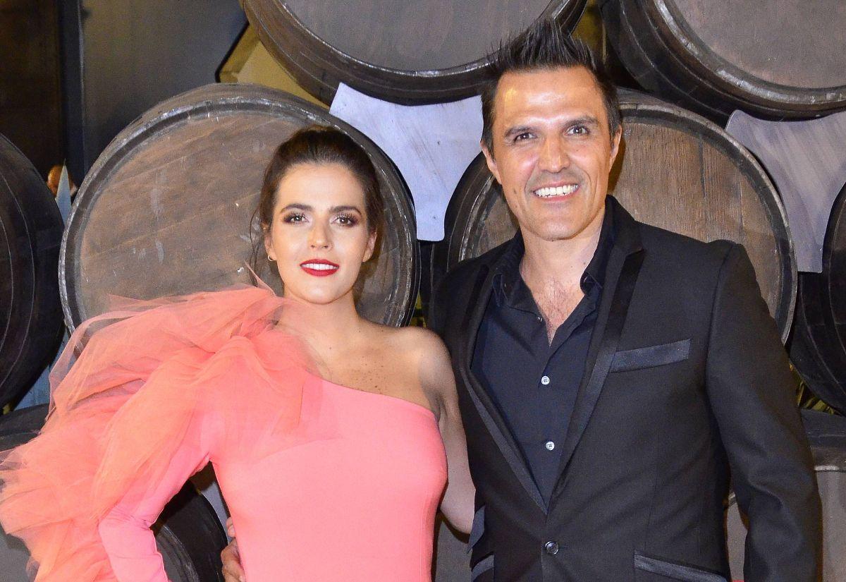 """""""Está divina"""": Claudia Álvarez enternece las redes con fotografía de su hija Kira"""