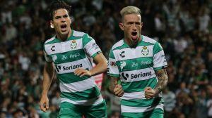Treinta casos positivos de COVID-19 en Santos, se mantiene juego contra Cruz Azul