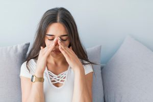 ¿Para qué sirve la endoscopía nasal si sufres de sinusitis?