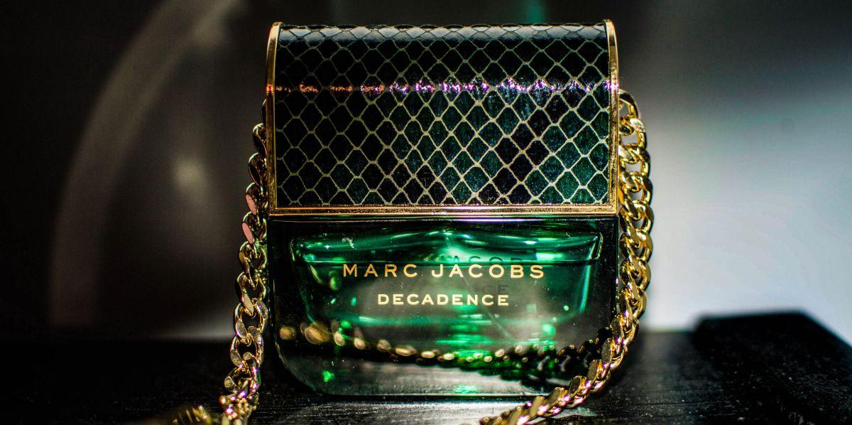 Las mejores 5 fragancias de Marc Jacobs para mujeres atrevidas