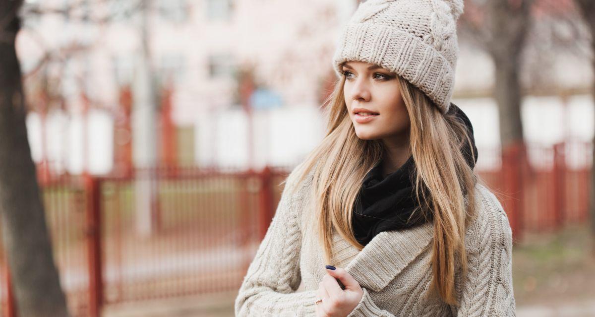 5 diseños de chaquetas de mujer con forro polar para usar en invierno