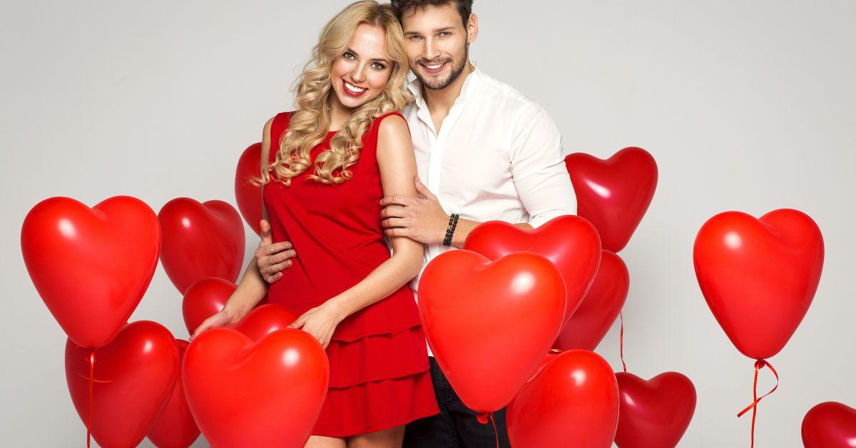 5 opciones de vestidos para ir a una cita de San Valentín con tu pareja de poco tiempo juntos
