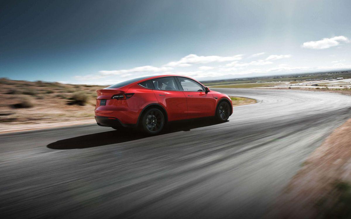 Proyecto de ley podría dar un crédito fiscal de $7,000 para autos eléctricos de Tesla, Ford y GM