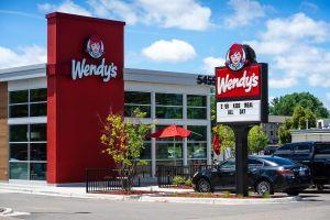 Mira cómo Wendy's desquició a Burger King cuando éste intentó ofenderlos por Twitter