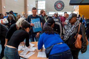 Nevada realiza su caucus demócrata con Bernie Sanders al frente