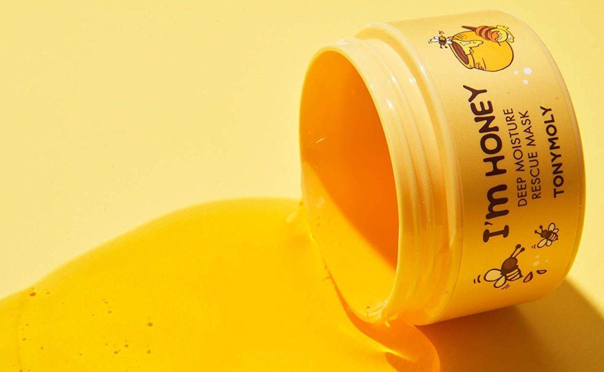 6 mascarillas hechas a base de miel que harán lucir tu piel brillante y suave