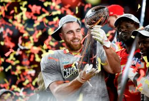 El secreto detrás del confeti en el Super Bowl: no sólo era de papelitos en blanco