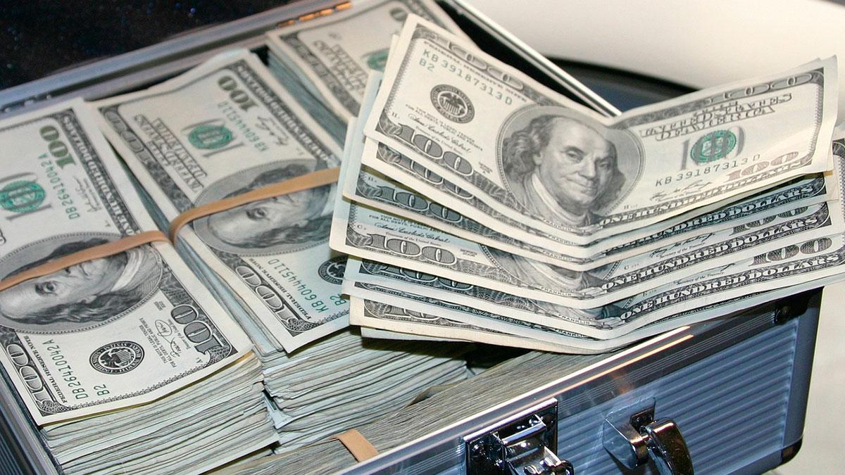 Los maleantes se hicieron pasar por empleados del IRS.