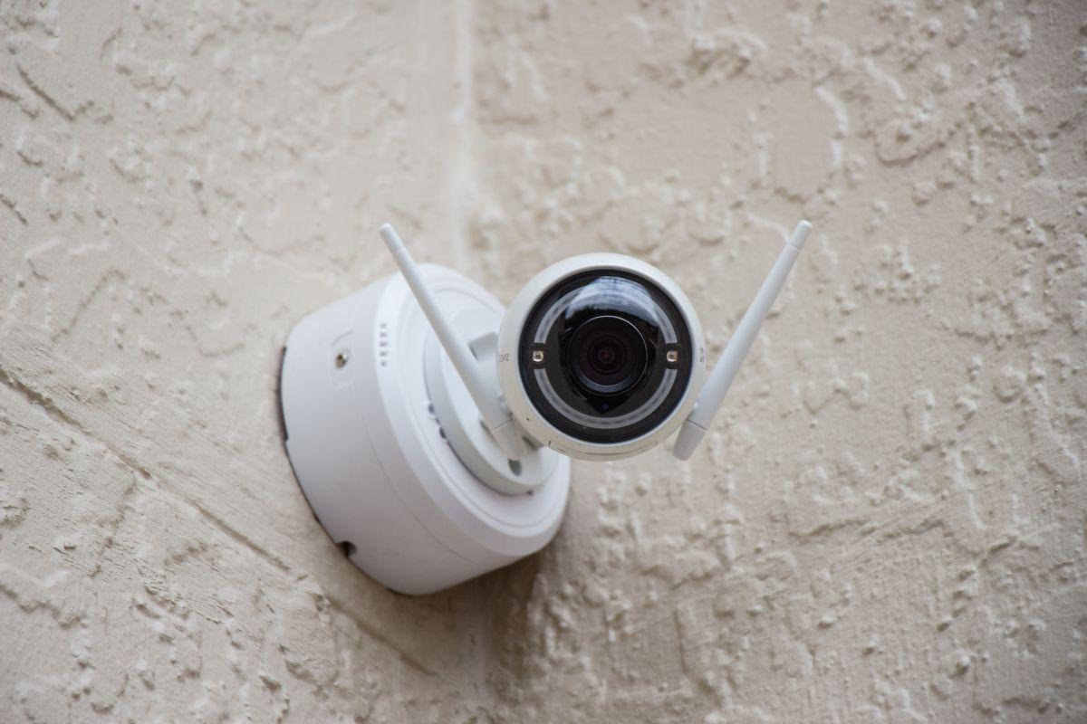 ¿Quieres aumentar la seguridad en tu hogar? Mira estos 6 modelos de cámaras de seguridad por menos de $100