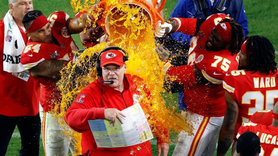 Andy Reid de los Chiefs agradece a México