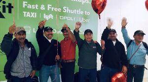 Padres se reunifican con sus hijos después de ser deportados bajo engaños