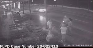 Captado en video el momento en que unos turistas en Florida son atropellados por un Porsche
